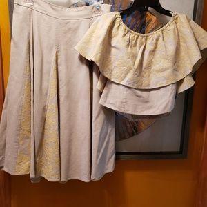 EVA MENDES Off Shoulder Blouse and Skirt